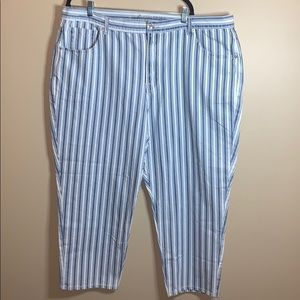 American Eagle size 24 short striped mom jeans